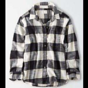 American Eagle Ahhhmazingly soft boyfriend flannel